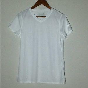 New Balance Women's Athletic Shirt Size Large